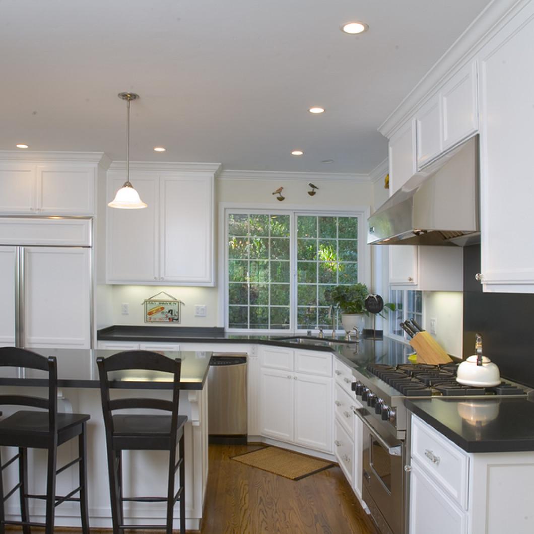 GIVE YOUR KITCHEN THE ATTENTION IT DESERVES IN PORT ST. LUCIE & THE SURROUNDING TREASURE COAST, FL AREA